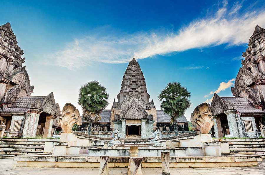 kambodscha-angkor-wat-backpacker
